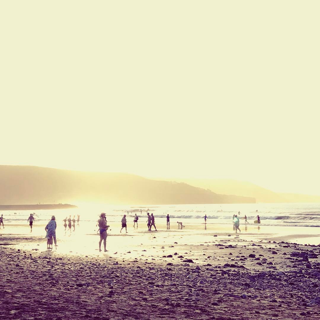 endoftheday Laspalmas laspalmasgrancanaria beach sunset sunsetbeach grancanaria lascanteras lascanterasbeach goldhellip