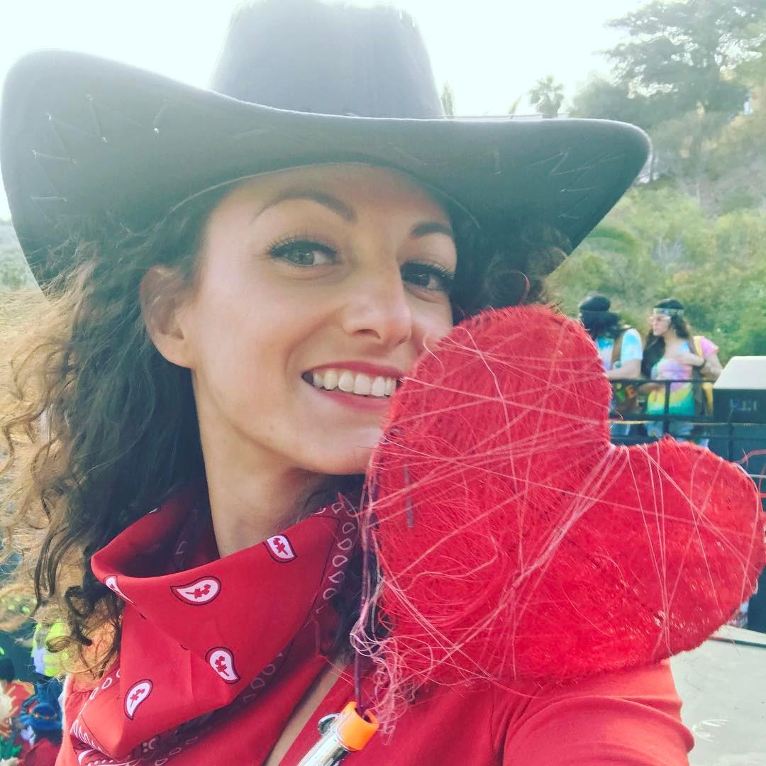 Bandida de corazn en la carrossa de coworkingc a carnavalhellip