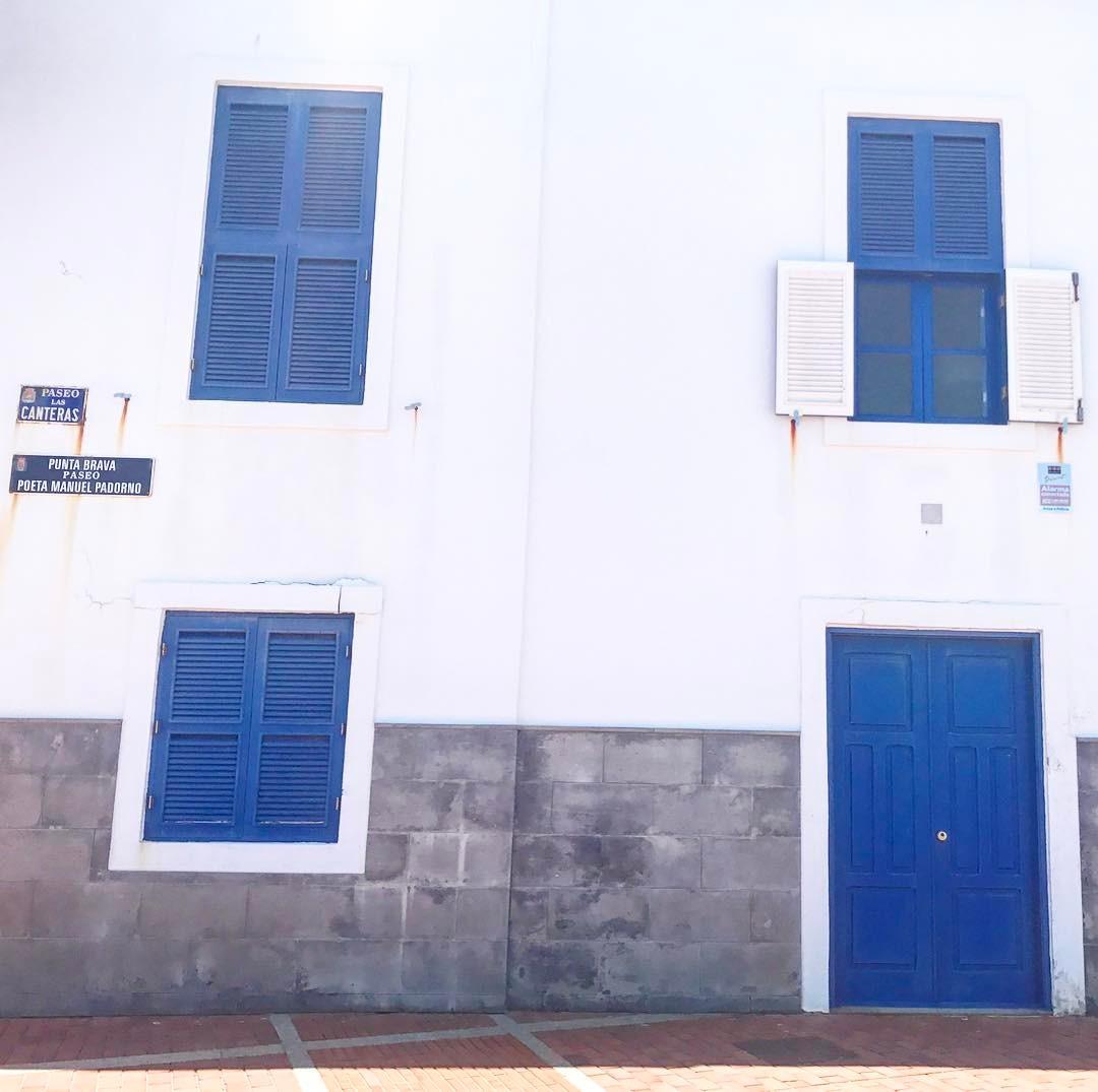 laspalmas lascanteras digitalnomadlife digitalnomads relaxtime architecture blue azul calle puntabravahellip