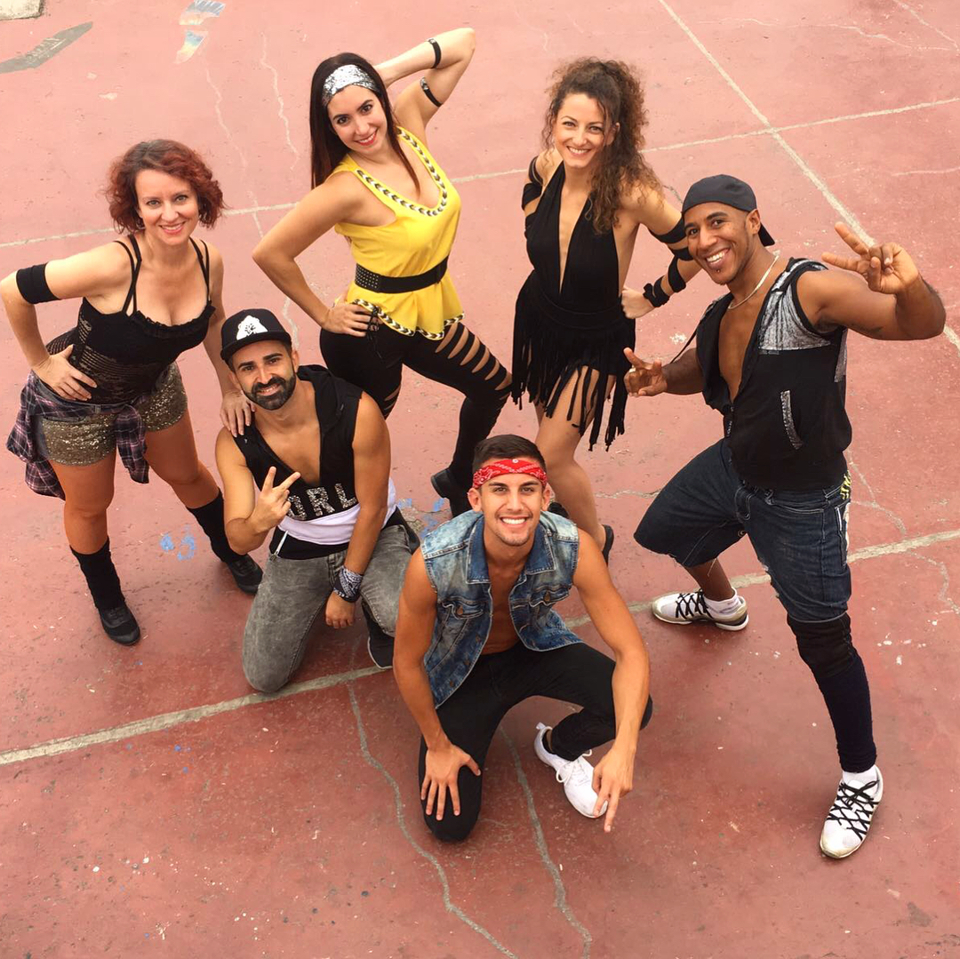 Dance with syparyo Team ! Photo backstage of the videohellip