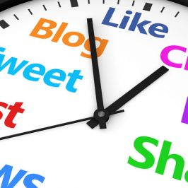 Between 7PM and 8PM looks to be the best time to share content on Facebook & Twitter